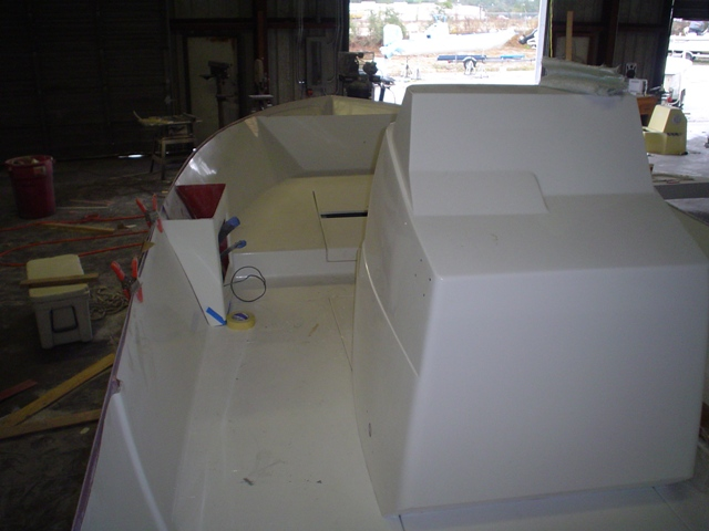 Tarpon boat console and deck